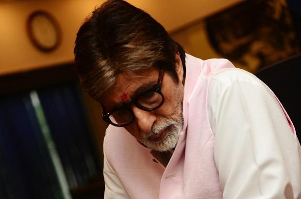 सिद्धार्थ आनंद की आगामी फिल्म में अमिताभ बच्चन