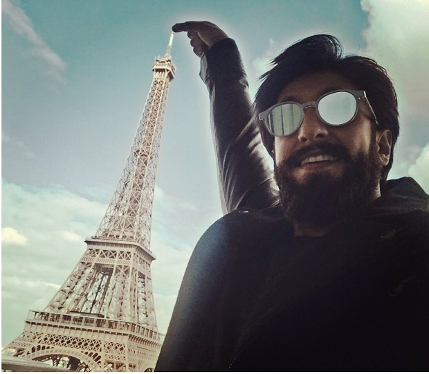 रणवीर सिंह का नया पैंतरा, बाथरूम में शूट किया वीडियो