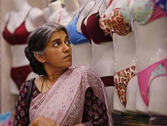 रणवीर सिंह की मां का किरदार निभाएंगे रत्ना पाठक शाह