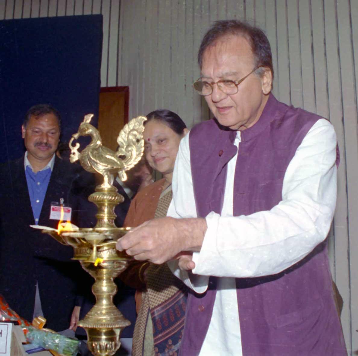 जन्मदिवस विशेष : एक ही झटके में Sunil Dutt का सब कुछ लेगी थी 'रेश्मा और शेरा'